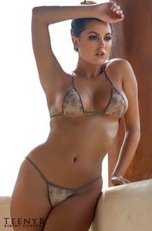 Constance Nunes's bikini photos