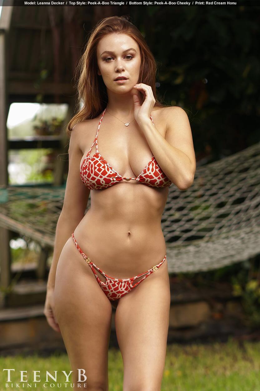 Sexy women hard nipples